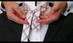 Mens fashion videos how to tie a tie the full windsor knot how to tie a tie for beginners ccuart Images